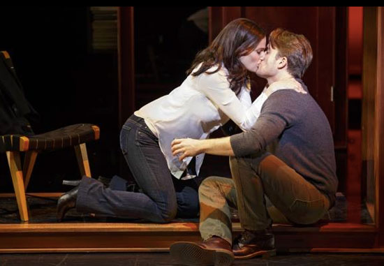 If/Then: Idina Menzel (L) and James Snyder