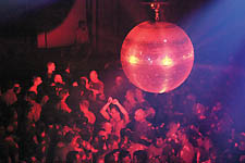 2004-03-25_nightlife_938_1325