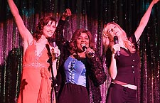 Bridget Moynahan, Gloria Gaynor and Heather Graham in a scene from 'Gray Matters'
