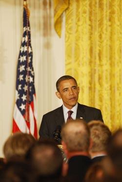 obama-lgbtpride2011.jpg