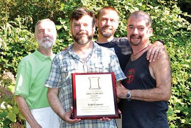 Franson holding Bikeus award