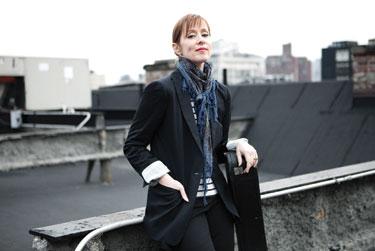 Suzanne Vega Photo by Mary Rozzi