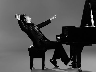 Lang Lang Photo by Detlef Schneider