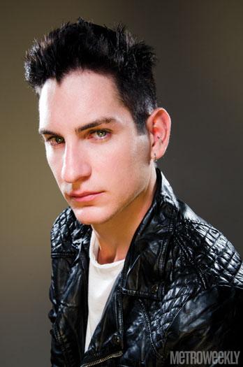 Coverboy: Daniel Photo by Julian Vankim