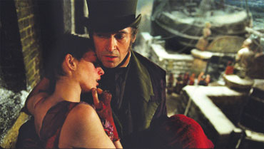 Les Miserables: Hathaway and Jackman Photo by