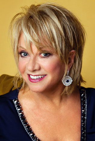 Elaine Paige Photo by