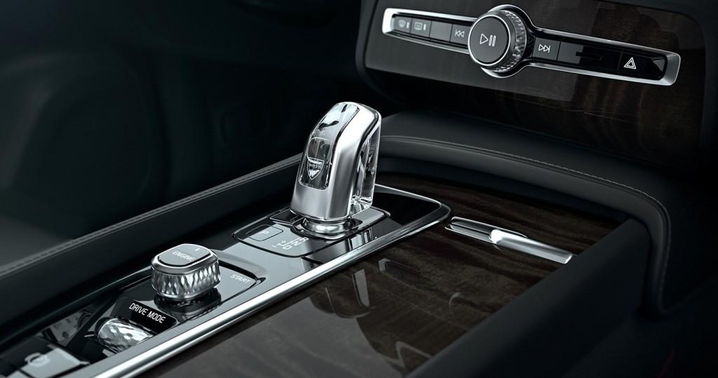 Volvo XC90 Controls