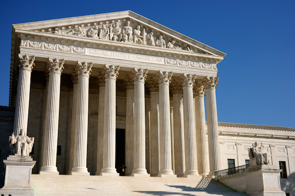 Photo: U.S. Supreme Court. Credit: Davis Staedtler/flickr.