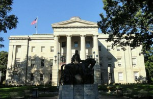 North Carolina State Capitol in Raleigh, N.C. (Photo credit: Daderot, via Wikimedia Commons).