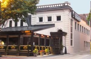 Annie's Paramount Steakhouse - Photo: JD Uy