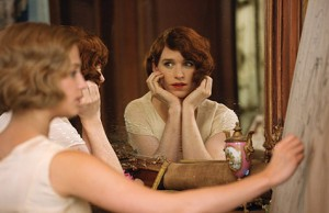 The Danish Girl: Alicia Vikander and Eddie Redmayne as Gerda Wegener and Lili Elbe