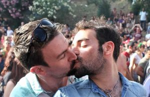 Two men kiss at Roma Pride 2011, Credit: Marco40134 / Flickr