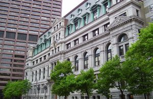 John Adams Courthouse, home to the Massachusetts Supreme Judicial Court - Photo: Swampyank, via Wikimedia.