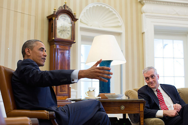 Photo: Barack Obama and Chief of Staff Denis McDonough. Credit: Official White House Photo by Pete Souza.