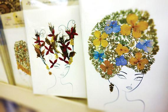 HOME-100214-Ten-Thousand-Villages-TF-flower-girl-cards