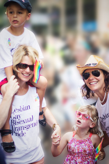 Sarah Kate Ellis and family