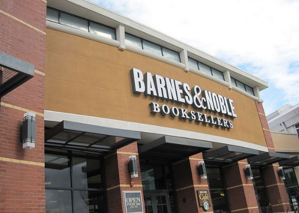 Barnes Noble Sued By Former Transgender Employee Metro Weekly