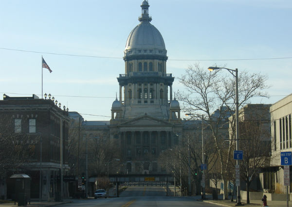 The Illinois State Capitol Building (Photo credit: (WT-en) Mark at English Wikivoyage, via Wikimedia Commons).