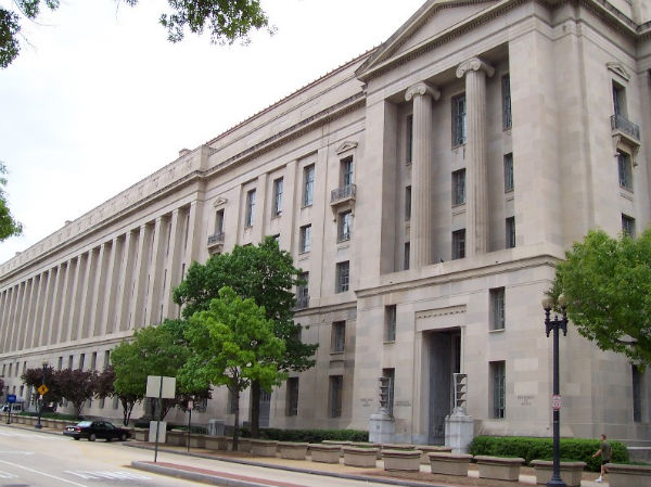 The Robert F. Kennedy Department of Justice Building. (Photo credit: Ed Brown, via Wikimedia Commons.)