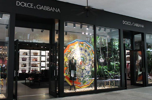 Dolce & Gabbana Bal Harbour (Credit: Phillip Pessar, via Wikimedia Commons).