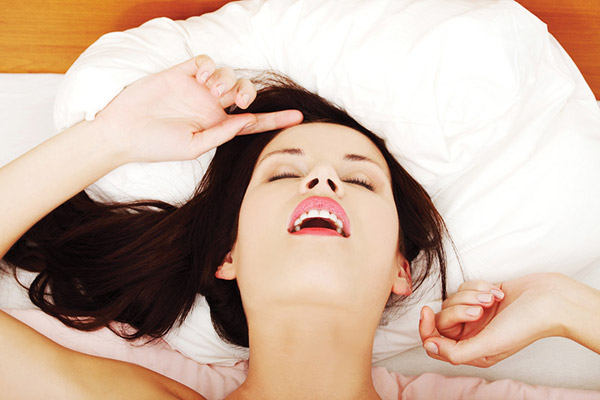 Female orgasm - Photo: Piotr Marcinski