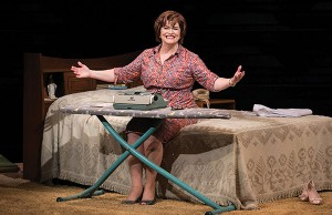 Barbara-Chisholm as Erma Bombeck - Photo: C.-Stanley Photography
