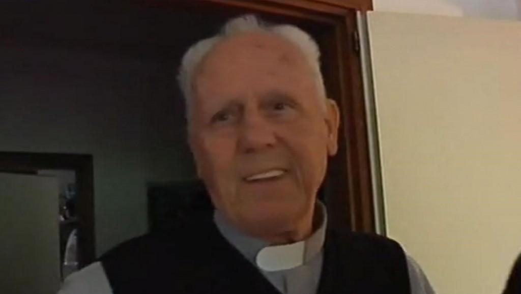 Priest Don Gino Flaim, Credit: La 7