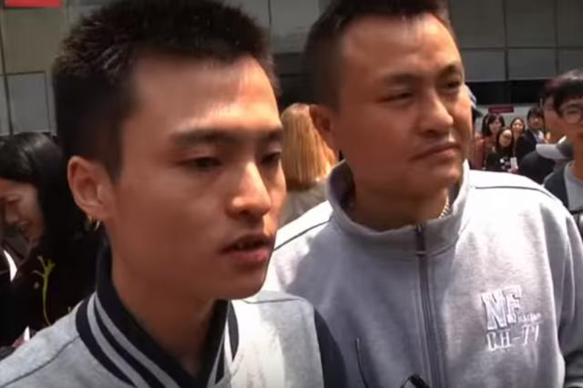 Sun Wenlin and Hu Mingliang, Credit: AP / YouTube