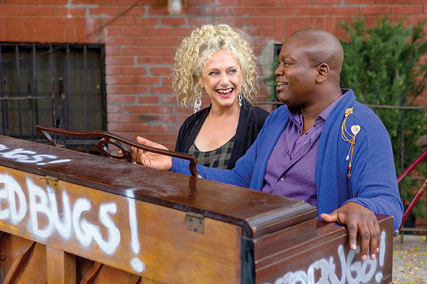 Unbreakable Kimmy Schmidt: Carol Kane and Tituss Burgess - Photo: Eric Liebowitz/Netflix