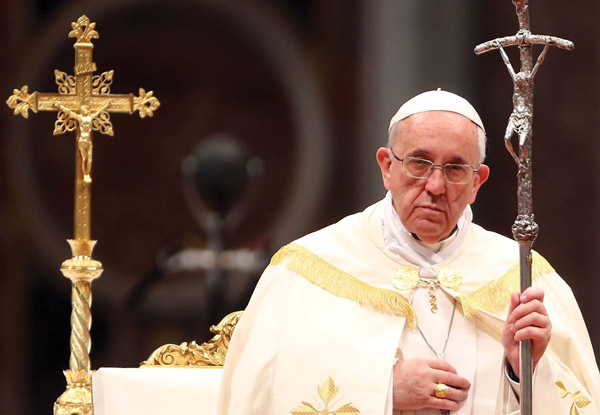 Pope Francis says politicians who rant about gay people remind him of Hitler