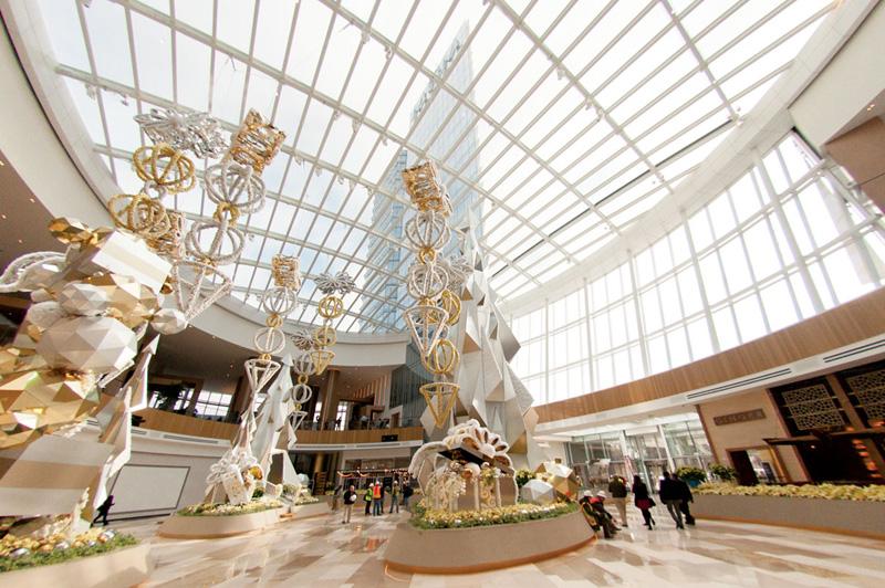 Photos] MGM National Harbor casino opens its massive doors