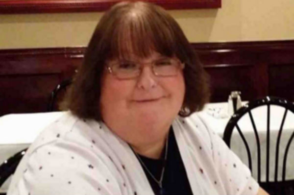Federal appeals court rules for fired transgender funeral director