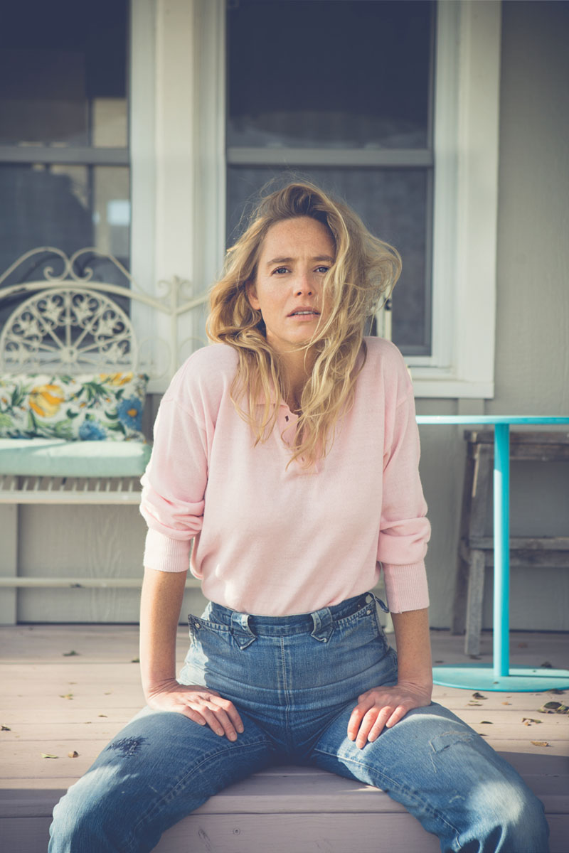 """lissie divorced singles Of the record, lissie says, """"the album title castles and the themes of the music itself suggest a striving and a heightened vantage point  singles love blows ."""