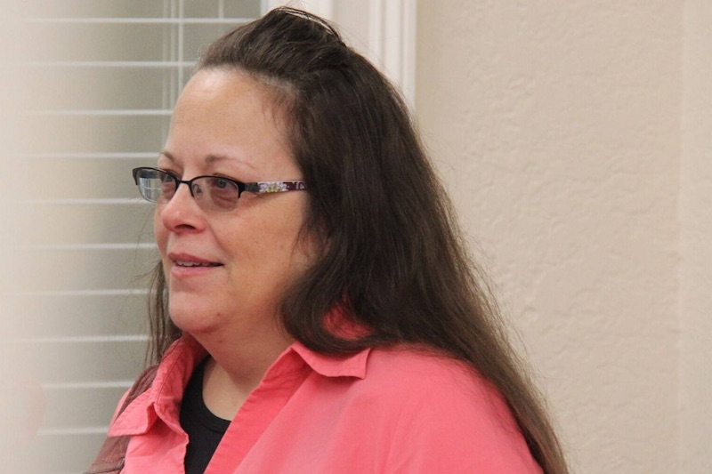 Gay couples can sue Kim Davis for denying them marriage licenses, federal court rules