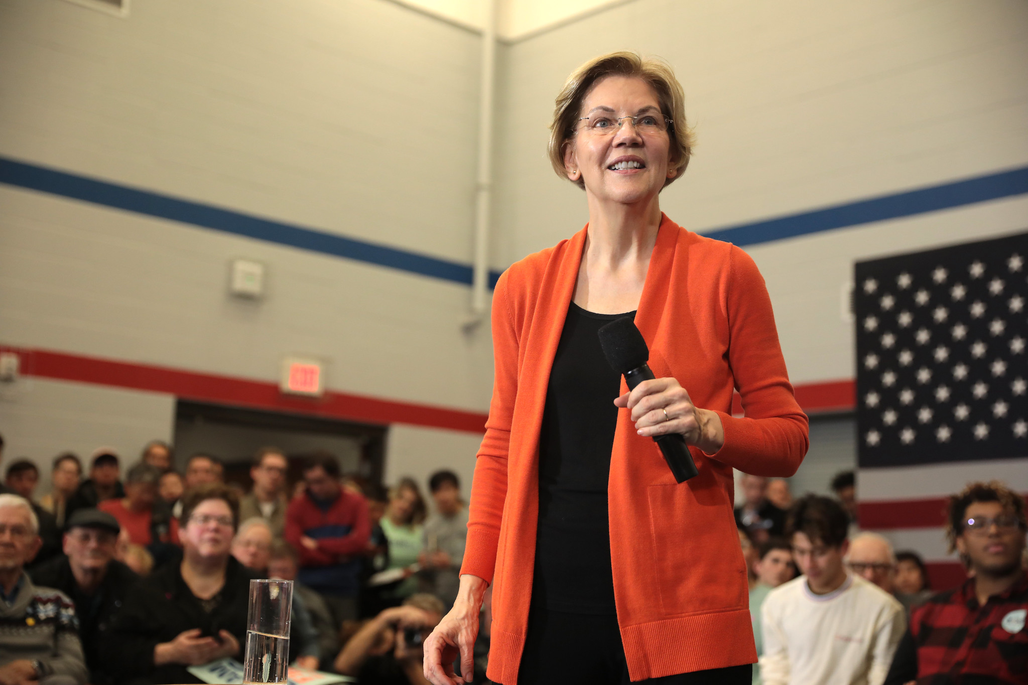 Elizabeth Warren, trans, debate, transgender