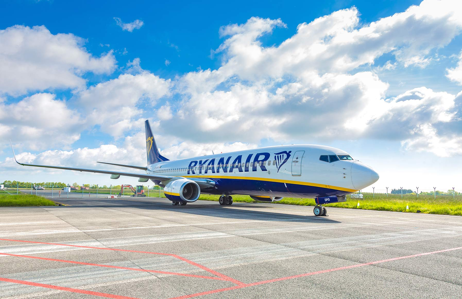 ryanair, plane