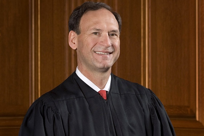 Samuel Alito Criticizes Gay Marriage Ruling 'Obergefell'