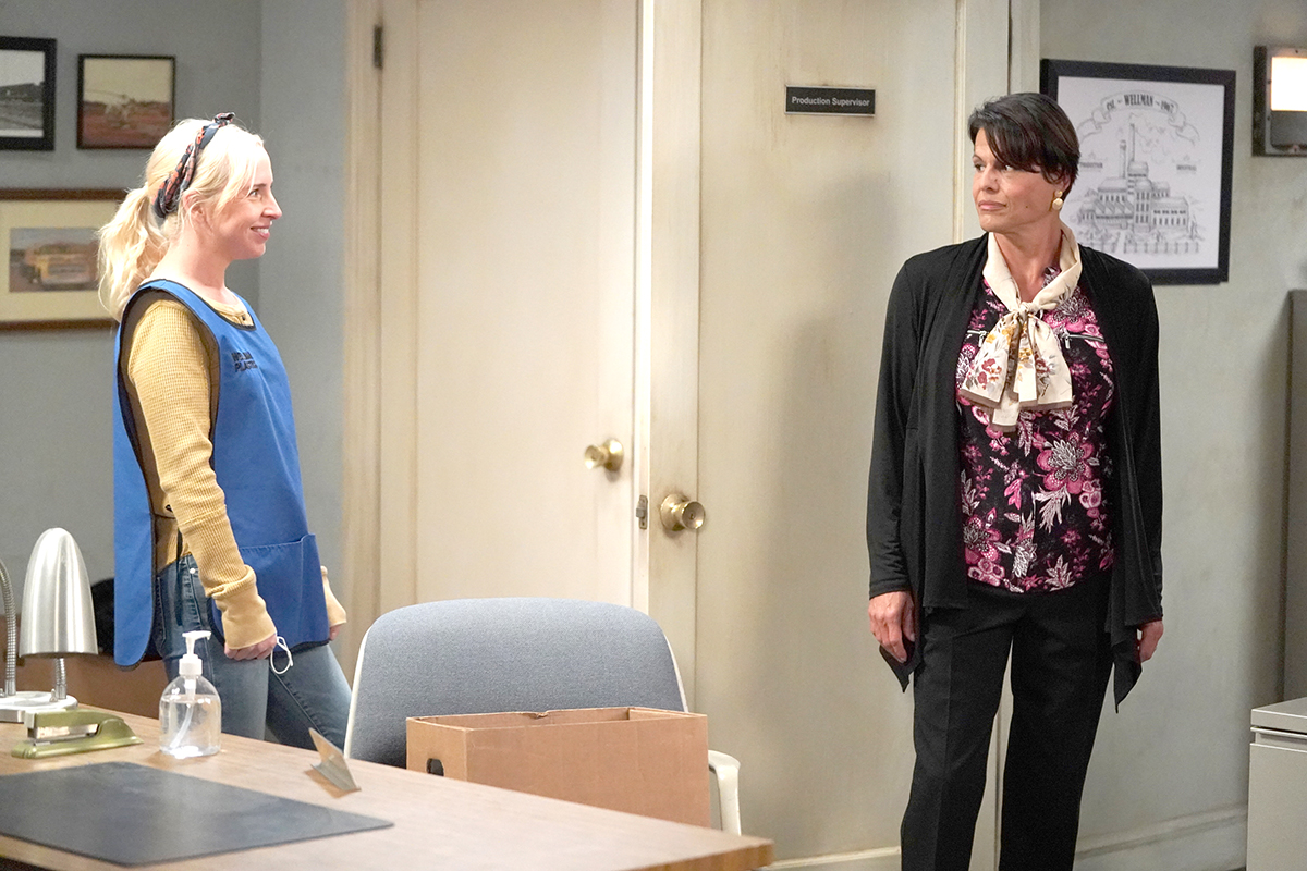 "Lecy Goranson and Alexandra Billings in ""The Conners"" -- Photo: ABC/Eric McCandless"