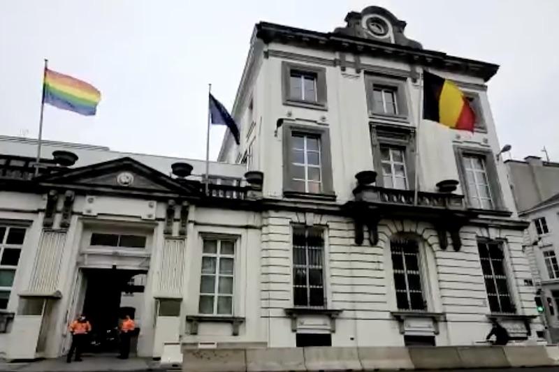 belgium, gay, prime minister, murder