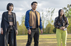 Shang-Chi and the Legend of the Ten Rings: Meng'er Zhang, Simu Liu and Awkwafina -- Photo: Jasin Boland. ©Marvel Studios 2021