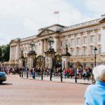 buckingham palace, queen